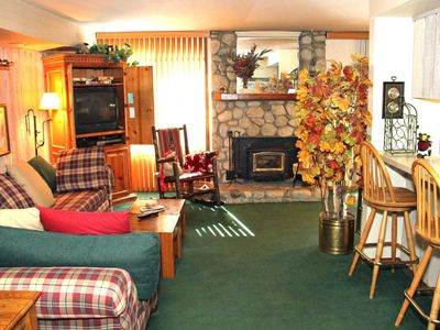 Photo for 1 Bedroom & 1 Bathroom, Sleeps 6, One Level to enjoy for your Mammoth Lakes Vacation