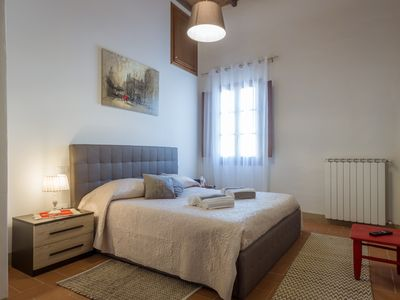 Photo for Charming  apartment in oltrarno area