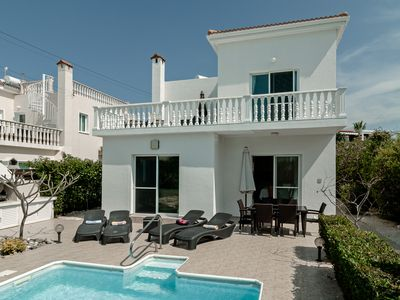 Photo for Luxury 3 bed/3 bath villa with private pool in the picturesque village of Peyia