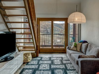 Photo for **Lift Ticket Discounts** Amazing Value, Great Mountain Views, Outdoor Hot Tub
