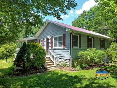 Photo for Located only 15 minutes from both Bryson City and Cherokee.