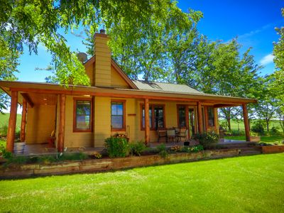 Photo for Welcome to Armstrong Vineyard Cottage!