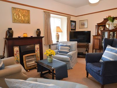 Photo for Tigh Na Mara cottage, shore front location, pet friendly, free WI-Fi & parking