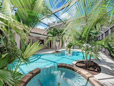 Photo for Dream vacation home with pool/jacuzzi/wifi - 10 min away from Anna Maria beach