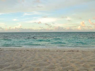 Photo for LOCATION! #1Beach, Reef Snorkel, Restaurants & Bars steps away