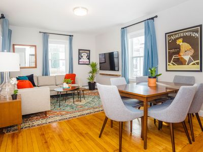 Photo for Stayloom's Bright Buttonwood House | Near T