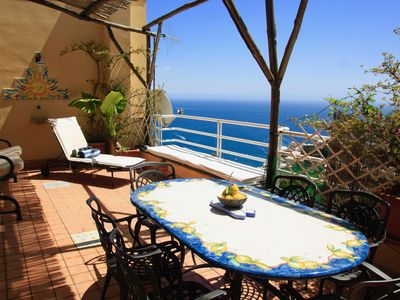 Photo for Flower Power Apartment - Positano
