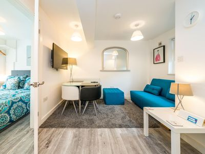 Photo for Bright & Spacious 2BD Flat -3mins from Kings cross
