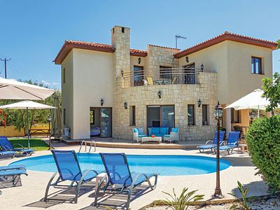 Photo for Modern villa overlooking peaceful countryside, with pool and Wi-Fi, tavernas nearby