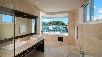 Photo for Four bedroom villa in a luxurious All-inclusive Resort with Gold bands