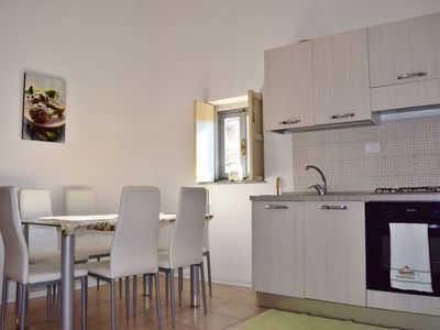 Photo for Beautiful apartment with WIFI, TV, balcony, washing machine and pets allowed