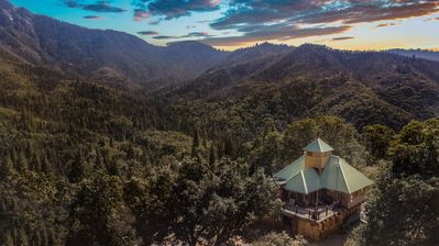 Photo for Located in the Sequoia National Forest/Giant Sequoia National Monument