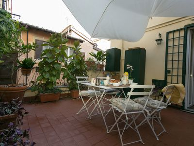 Photo for Charming apartment with terrace in Piazza Navona