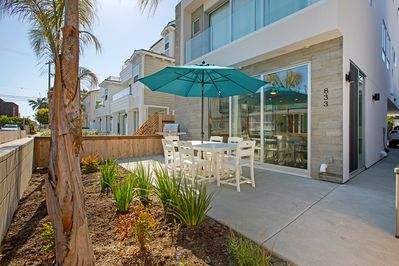 Enjoy the spacious furnished patio with gas BBQ (hooked to main line)