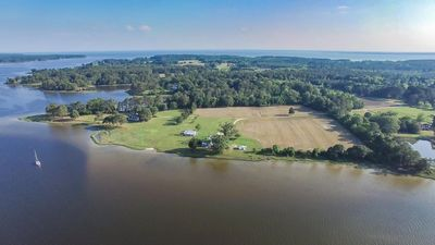 A stunning arial view of the estate, the East River into Moback Bay at the top