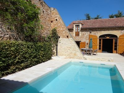 Photo for Characteristic farmhouse with swimming pool surrounded by vineyards of Cahors