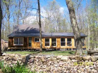 Secluded Cabin on the banks of the world famous Pennscreek