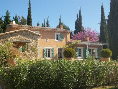Photo for A Bédoin, quiet and near the Mont Ventoux 6p House with private pool