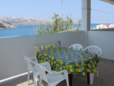 Photo for One bedroom apartment with terrace and sea view Metajna, Pag (A-6336-e)