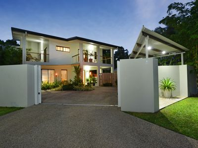 Photo for Multi award winning contemporary home 100m from beach