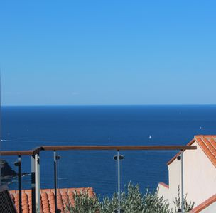 Photo for Spacious family villa with lovely sea view and fantastic salt-water pool