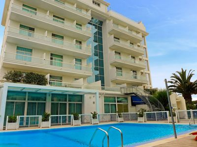 Photo for Apartment Excelsior in Vasto - 4 persons, 1 bedrooms