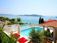 Spotless villa with amazing views and well equipped