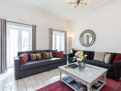 Photo for Spacious 3 bedroom apartment a stone's throw from Palais and beaches of Cannes