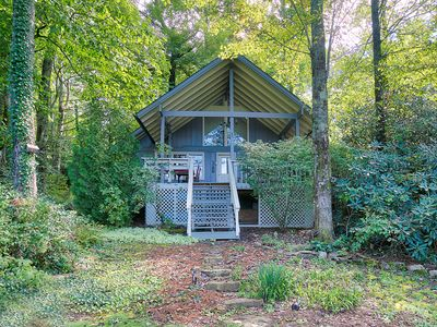 Photo for Comfy Cottage Within Walking Distance to Lake Toxaway Country Club and Marina