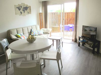 Photo for Charming apartment / functional house on one level, garden. 1,5 km from the beaches