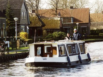Photo for Atmospheric houseboat