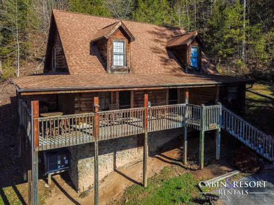 Photo for Whispering Pines Lodge - 4BR/3BA - Sleeps 8