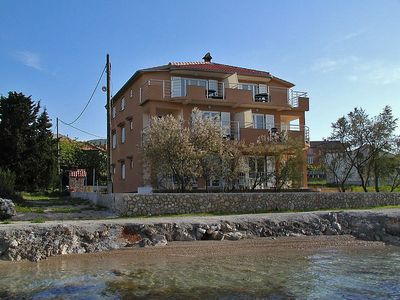 Photo for Apartment in the center of Banj with Parking, Washing machine, Air conditioning, Garden (121993)