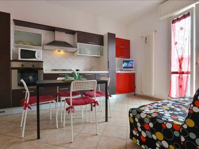 Photo for Bright 1bdr apt in city centre