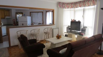 Photo for Apartment on the beach, spacious, family holiday