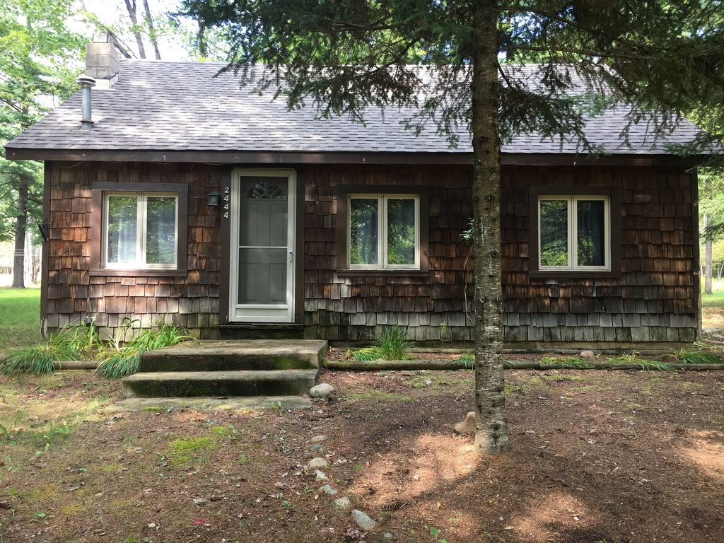 Rustic up north cabin minutes from the au sable river 2 for Up north cottages