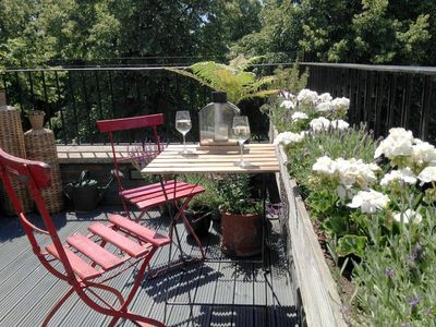 Photo for 2 Bedroom Apartment In Chelsea With Terrace