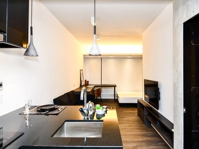 Photo for Modern Studio Apartment Near Causeway Bay [1]