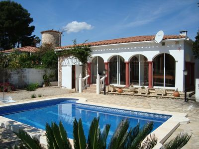 Photo for Holiday home with swimming pool