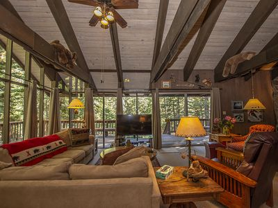 Photo for Warm, Comfortable 3br Cabin with Hot Tub Walking Distance to Sunnyside and Tahoe Park Beach