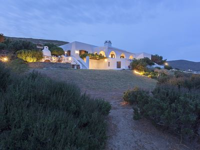 Photo for Beautiful high end villa by the sea