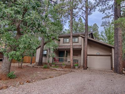 Photo for Larson's Cozy Pinetop Cabin