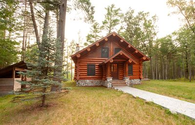 Full Scribed Log Cabin Nestled in along the banks of the Pere Marquette