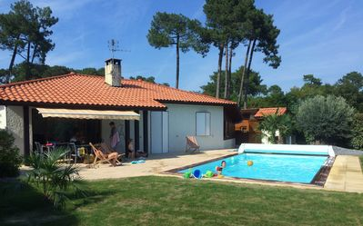 Photo for Beautiful villa with swimming pool between Capbreton and Hossegor