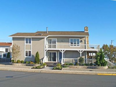 Photo for Spacious beachblock home featuring 4 bedrooms and 2.5 baths