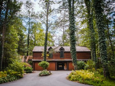 Photo for Modern 2-bedroom apartment in a wooded setting overlooking a scupture garden.