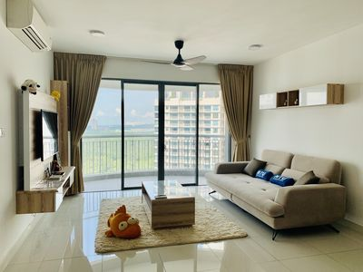 """Huge Living Room with Modern Design, Sea View and Pool View and 55"""" Smart TV"""