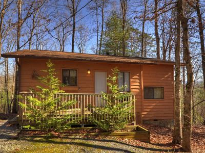 Photo for Romantic & secluded 1 bedroom cabin with indoor hot tub.