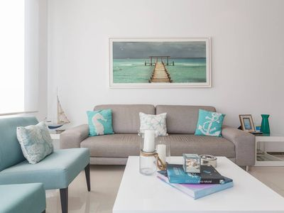Photo for Glamorous and charming condo between 5 Ave & beach
