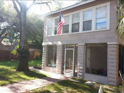 Photo for Comfy Apartment Near Downtown St. Pete